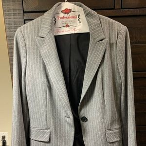 Express Gray and white lines blazer